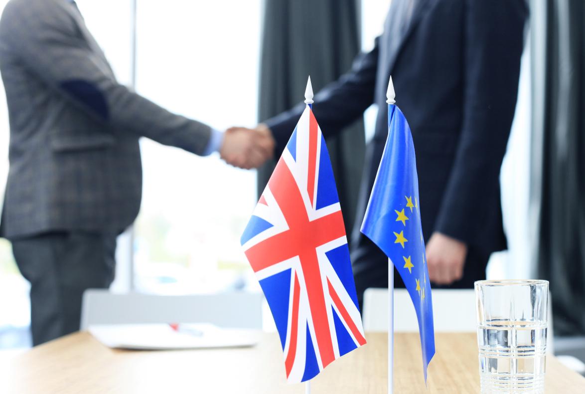 La OMPI y la UKIPO alcanzan un acuerdo en relación con las marcas internacionales que designan la Unión Europea