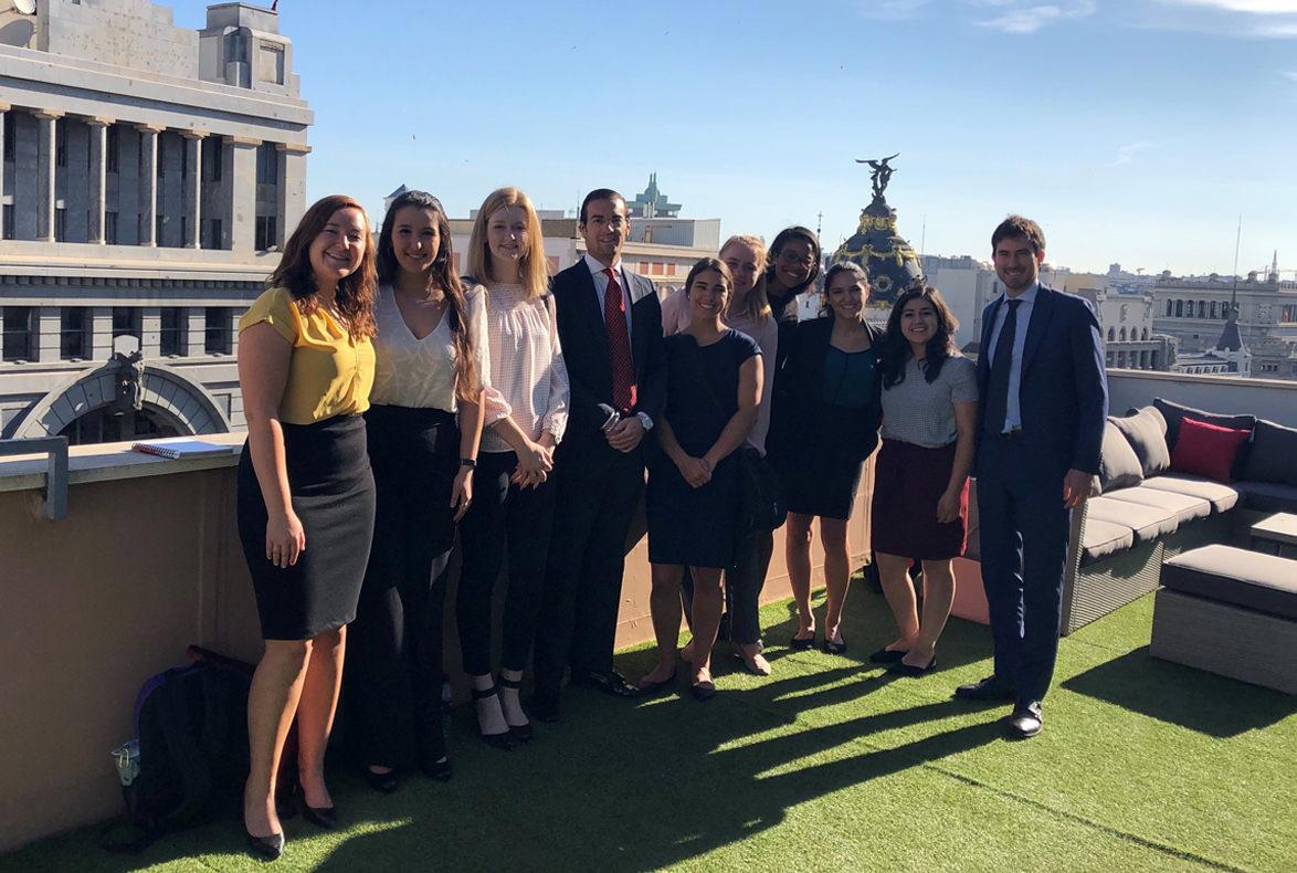 H&A recibe a los estudiantes de THE LEX FELLOWSHIP