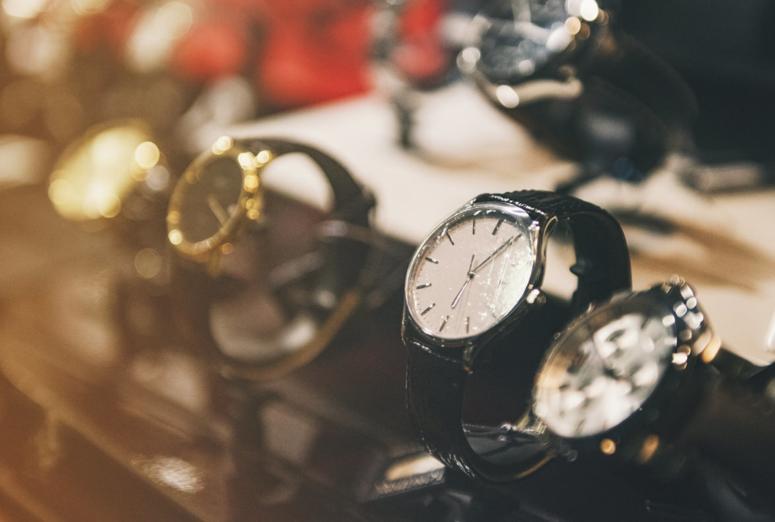 Marcas de lujo: el conflicto entre la distribución selectiva y la libre competencia.
