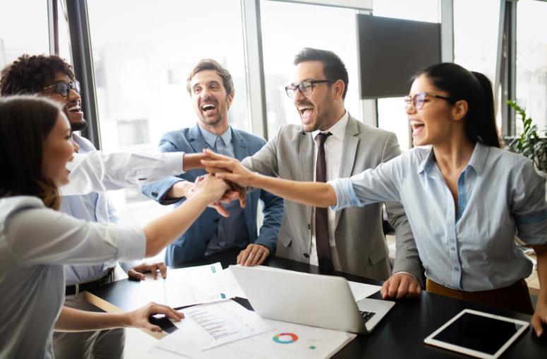 Menos hablar y más innovar: a mayor inversión en intangibles, mayor productividad
