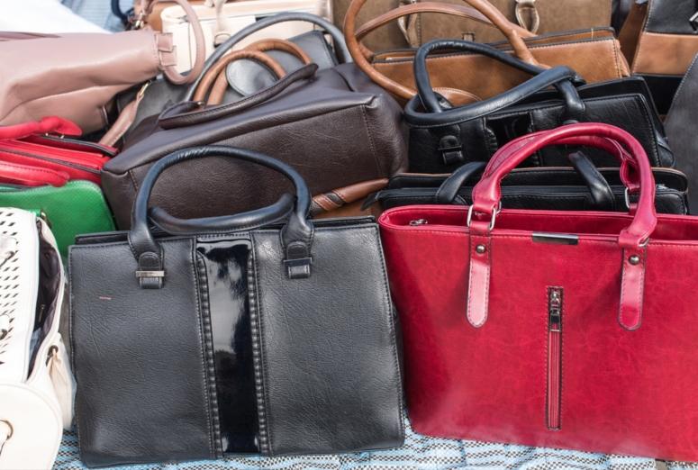 El top manta, los productos falsificados, el consumidor y las empresas